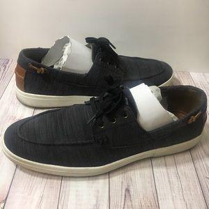 Also dark blue boat shoes sz 10 NWT